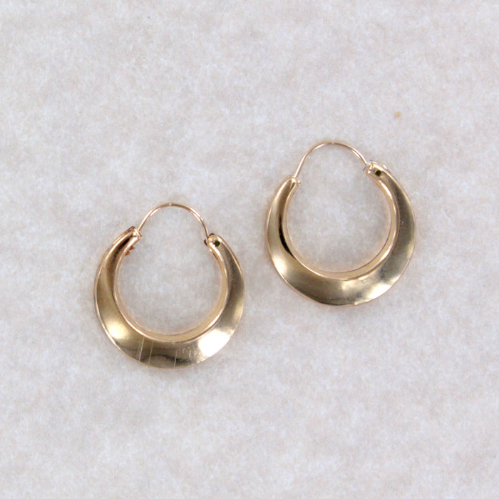 Rge 8 Antique Rolled Gold Hoop Earring