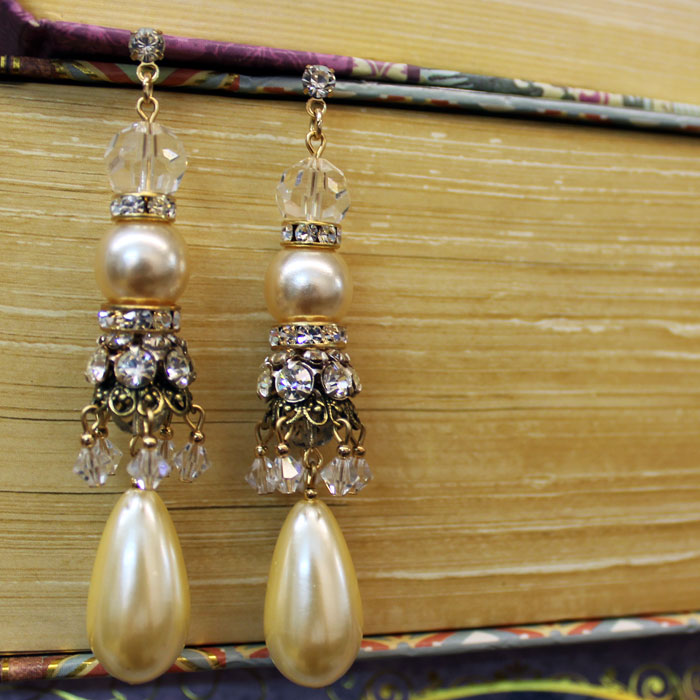 Limited Edition Pearl Chandelier Earring Sa Green S Sea Gl Jewelry Vintage Reproduction Costume Pashmina Scarves